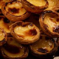 """ポルトガル料理大人気スイーツ""""エッグタルト""""。なぜ世界的な人気に?"""